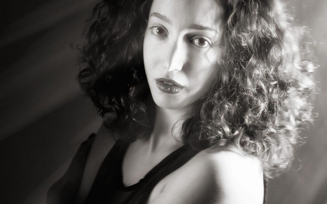 Shoot Boudoir Portraits in Color or Black & White?